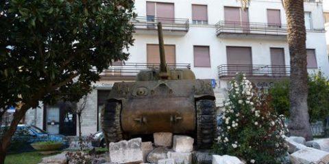 Memorial Battle of Monte Cassino (Sherman M4 Tank)