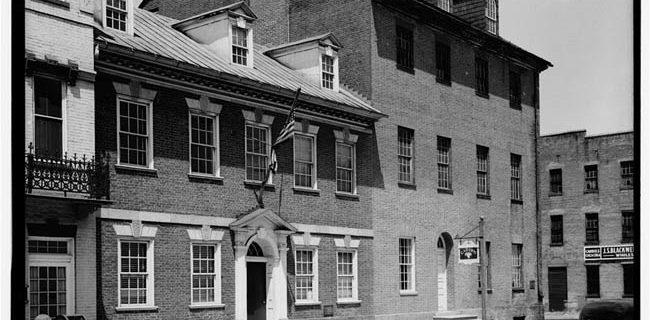 Gadsby's Tavern Restaurant & Museum